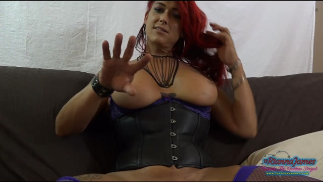 Ts_Rianna_James_-_solostudiocum.mp4.00015.jpg