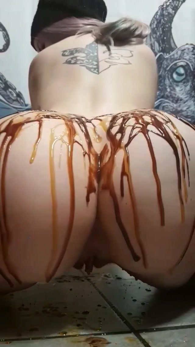 tinytonitv_syrup_whipping___sprinkles.mp4.00014.jpg