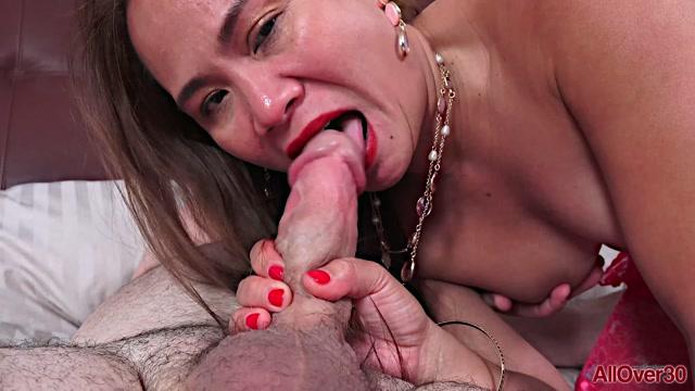 Watch Online Porn – Allover30 – Kim Kreme (MP4, FullHD, 1920×1080)