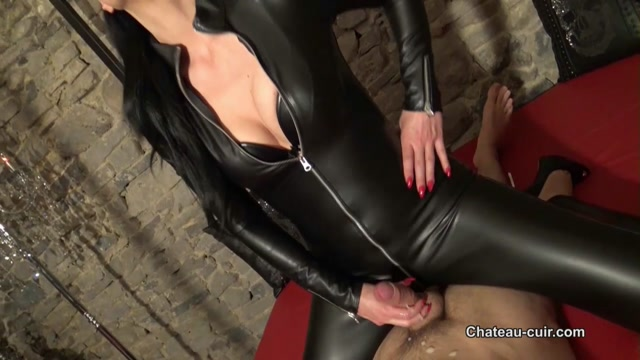 Chateau-Cuir_-_Cock_tease_in_shiny_catsuit_part_2_-_Handjob.mp4.00015.jpg