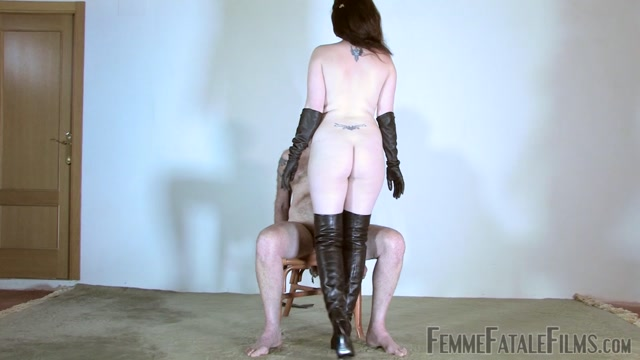 FemmeFataleFilms_-_Miss_Zoe_Senses_Of_Leather_-_Super_Hd_-_Complete.mp4.00012.jpg