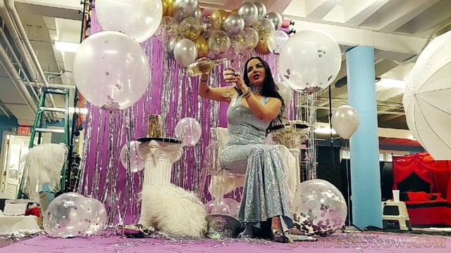 Goddess_Alexandra_Snow_-_Photoshoot_Celebration.mp4.00004.jpg