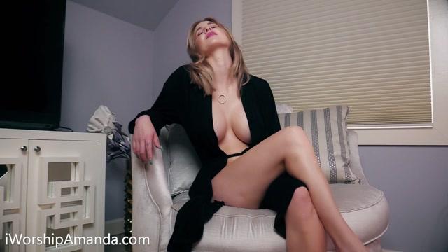 Goddess_Amanda_in_Goddess_Amanda_s_Beta_Test__topless_____16.99__Premium_user_request_.mp4.00011.jpg