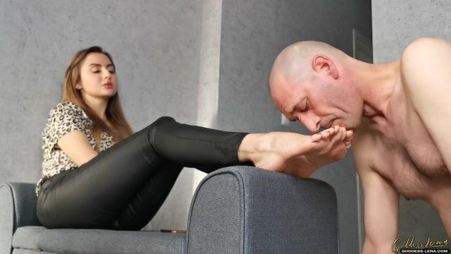 Goddess_Lena_-_Pamper_The_Mistress_Feet.mp4.00011.jpg