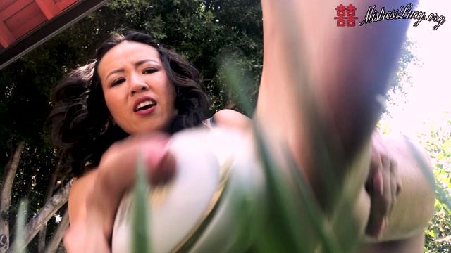Watch Online Porn – Mistress Lucy Khan – Dirty Giantess Foot Shaving Shower Time – ManyVids (MP4, FullHD, 1920×1080)
