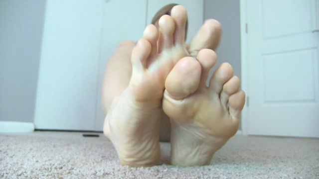 Princess_Lyne_in_My_Feet_over_Pussy____16.99__Premium_user_request_.mp4.00011.jpg