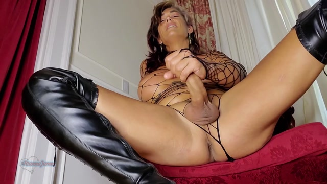 Rianna_James_-_Edge_Control_and_Ass_Worship.mp4.00014.jpg