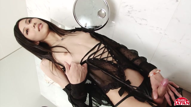 TGirljapan_presents_Chuling_In_Lingerie__Remastered___30.12.2020.mp4.00003.jpg