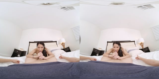 VRConk_presents_From_Asia_With_Blow_-_Alona_Bloom.mp4.00014.jpg