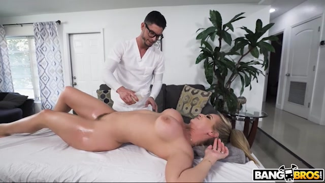 BangBros_-_BigTitCreamPie_presents_Rachael_Cavalli_-_Nerdy_Masseuse_Gets_Deep___30.01.2021.mp4.00004.jpg