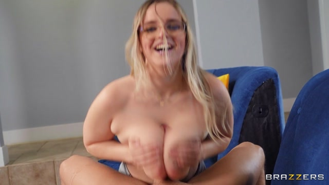 Brazzers_-_BrazzersExxtra_presents_Codi_Vore_-_This_Party_Needs_Big_Natural_Tits___22.01.2021.mp4.00012.jpg