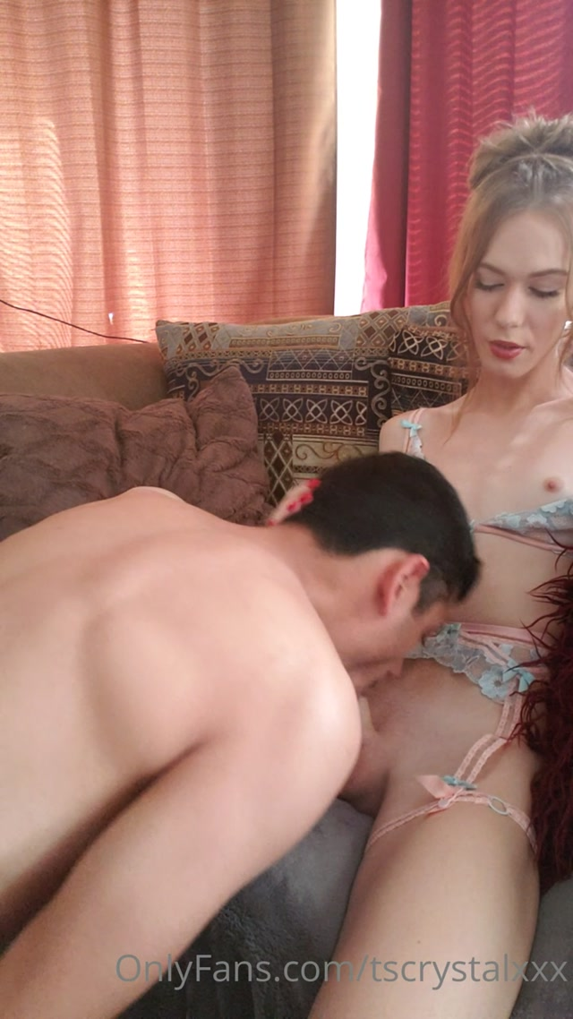Crystal_Thayer_-_tscrystalxxx_29-10-2020_I_love_being_sucked_and_stroked_until_I_cum.mp4.00002.jpg