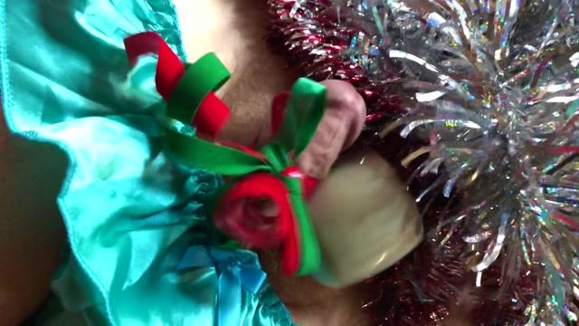 DemonGoddessJ_-_Christmas_Bondage_Holiday_Themed_Femdom.mp4.00009.jpg