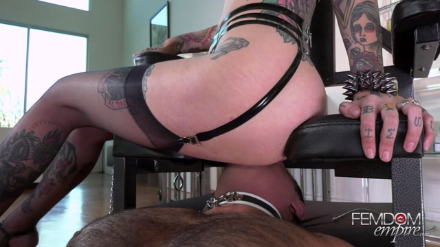 FemdomEmpire_presents_Goddess_Damazonia_-_Her_Divine_Orgasms___06.01.2021.mp4.00009.jpg