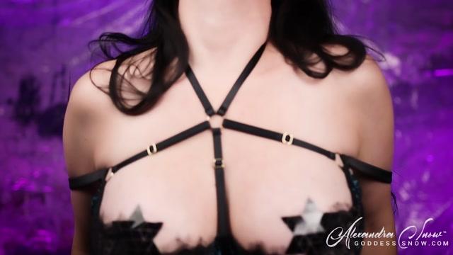Goddess_Alexandra_Snow_-_Weak_For_Tits_II.mp4.00008.jpg
