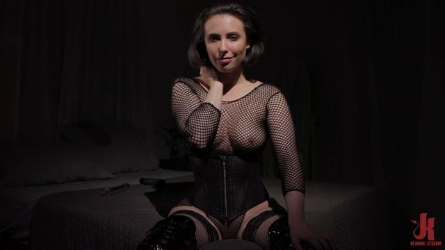 Kinky_Bites_-_Casey_Calvert_-_Fuck_Your_Ass_With_Me.mp4.00002.jpg