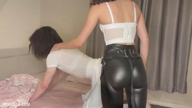 Lolita_Hush___Bedwetting_Hard_Regression_Punishment.mp4.00011.jpg