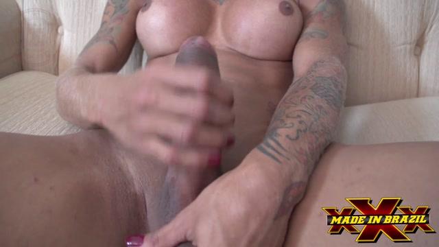 MadeInBrazil_presents_Transex_Masturbation_Isa_Potter.mp4.00003.jpg