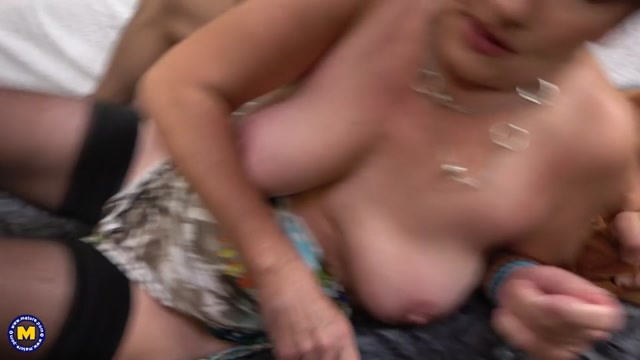 Watch Online Porn – Mature.nl presents Sisi (58) (MP4, SD, 960×540)