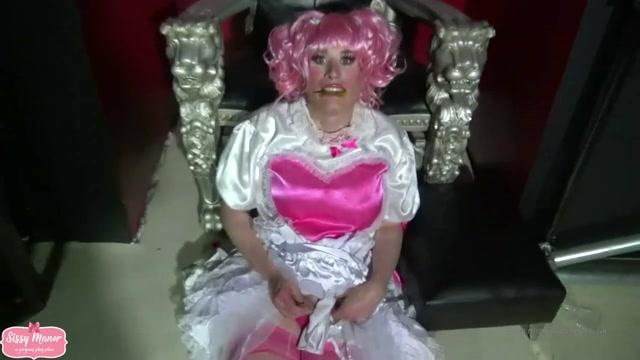 Mistress_Courtney_-_Sissy_Cum_Dumpster.mp4.00015.jpg