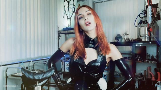 Mistress_Euryale_-_My_electro_latex_slut.mp4.00012.jpg