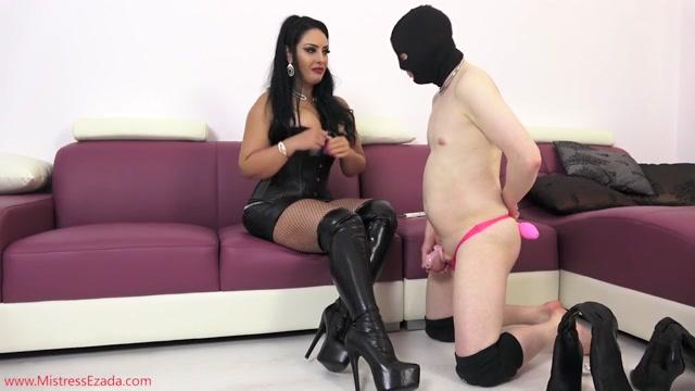 Mistress_Ezada_Sinn_-_My_tiny_cuckold_sissy_boy_-_Cum_Eating.mp4.00004.jpg