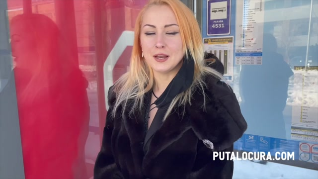 PutaLocura_presents_Sexy_Kitty_-_Sex_in_the_snow___15.01.2021.mp4.00000.jpg