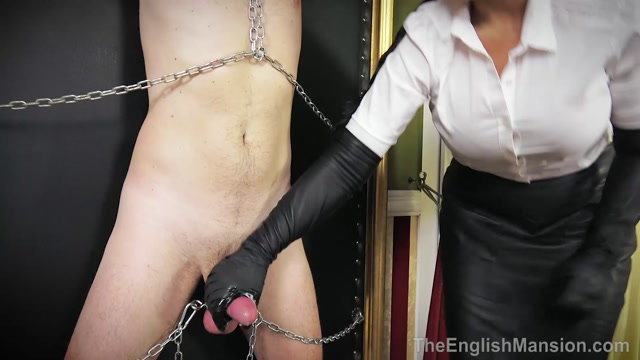 The_English_Mansion_-_Mistress_Ezada_Sinn_-_Ruined_In_Chains_-_Complete_Movie.mp4.00011.jpg