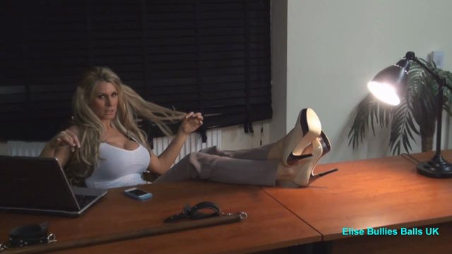 UK_Mistress_Elise___Are_My_Feet_Sweaty.wmv.00000.jpg