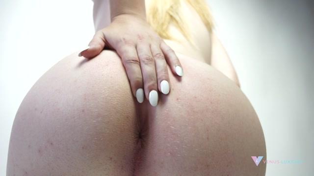 Venus_Lux_Blonde_Goddess_of_Love_Aphrodyte.mp4.00007.jpg
