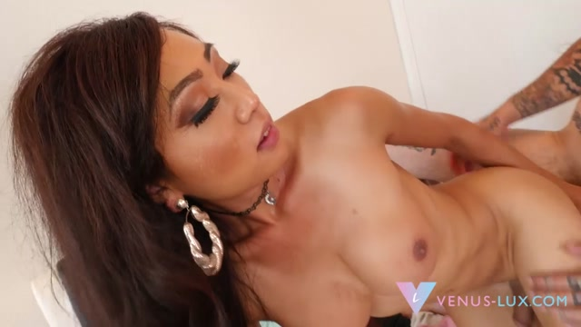 Venus_Lux_Diary_Of_A_Slut_Mysterious_Man.mp4.00009.jpg