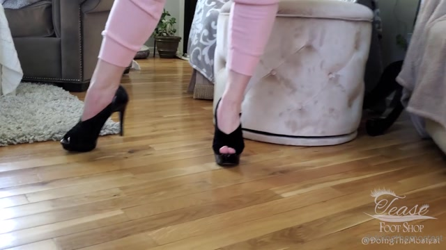 doingthemostest_02-05-2020_Casual_Saturday_morning_here..mp4.00002.jpg