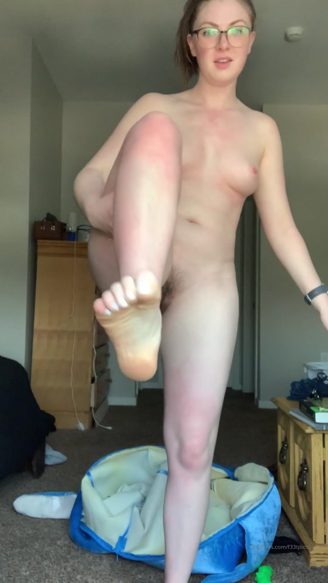 freckled_feet_01-04-2020_April_Fool_s_take_2.mp4.00012.jpg