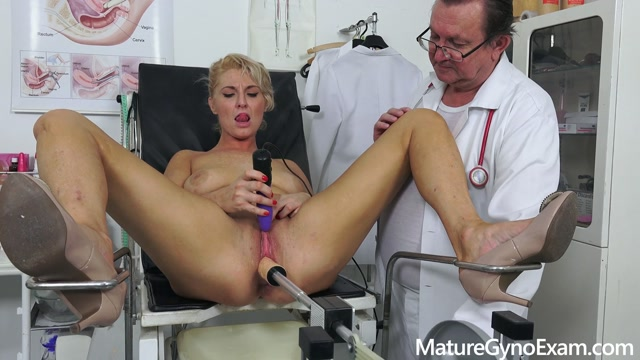 maturegynoexam_presents_Hot_czech_blonde_fisted_out_by_kinky_doctor.mp4.00010.jpg
