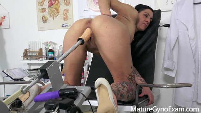 maturegynoexam_presents_Pussy_and_anal_examination_of_hot_czech_MILF_Gee.mp4.00013.jpg