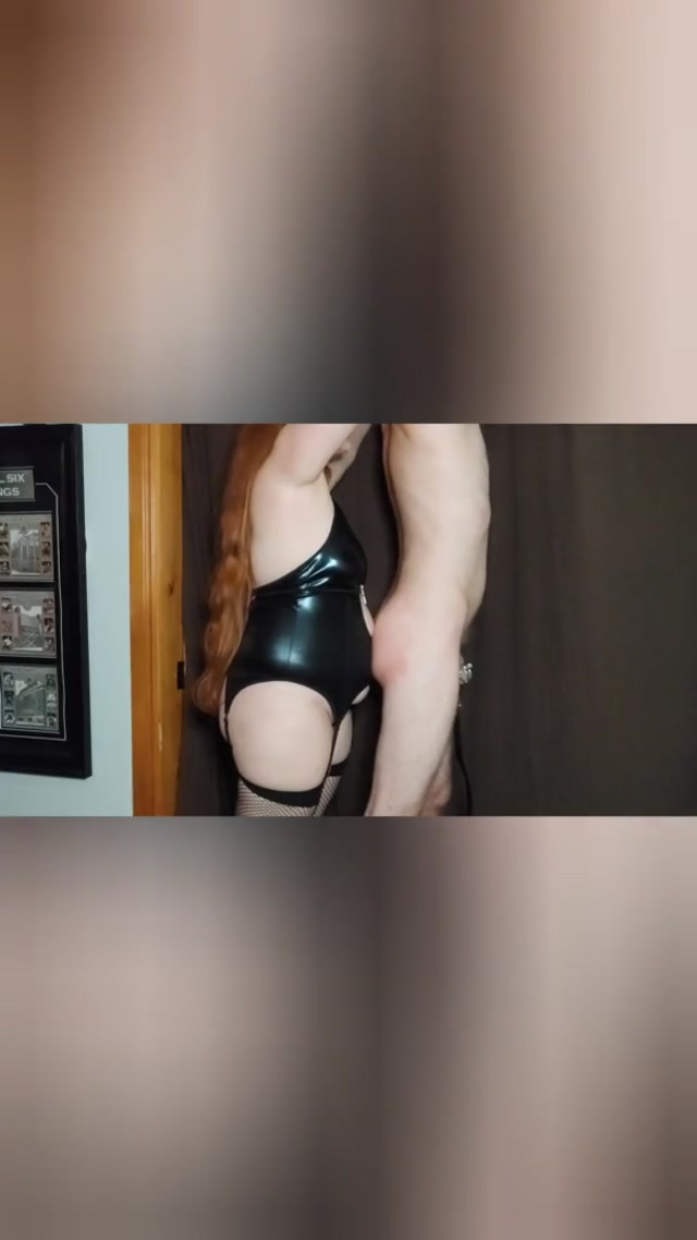 redhead_milf_mistress_e_teases_tortures_and_kicks_her_little_bitch_in_the_balls_07.12.2020.mp4.00005.jpg