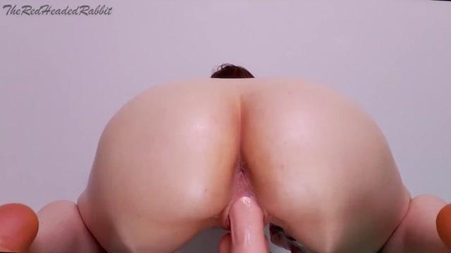 theredheadedrabbit_phat_oily_booty_ride_squat_fuck.mp4.00007.jpg