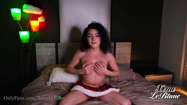 xenaleblanc_30-12-2020-1545544708-Ending_the_Holidays_with_a_little_oiled_JOI._Bring_s.mp4.00003.jpg