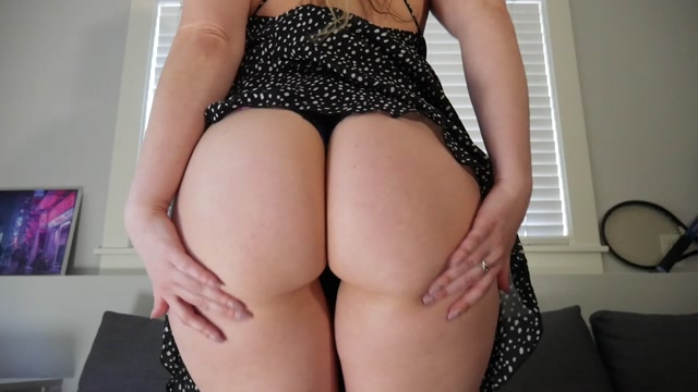 Ashley_Alban_-_Sundress_Ass_Feet_Tease.mp4.00004.jpg