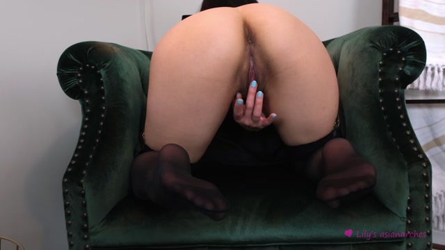 Asianarches_-_Watch_me_play_with_my_pussy_and_clit.mp4.00005.jpg