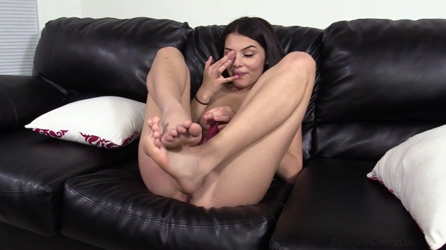 BackroomCastingCouch_presents_Reyna___15.02.2021.mp4.00015.jpg