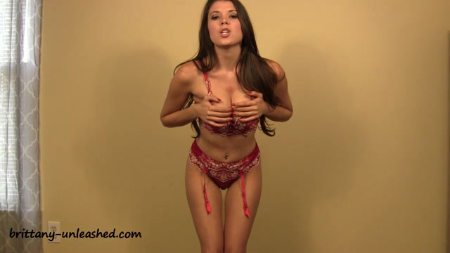 Brittany_Marie_-__tittytuesday.mp4.00012.jpg