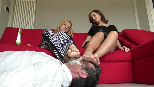 Goddess_Kalypso___Lady_Elizabeth_-_Your_face_is_a_tool_to_massage_our_feet.avi.00006.jpg