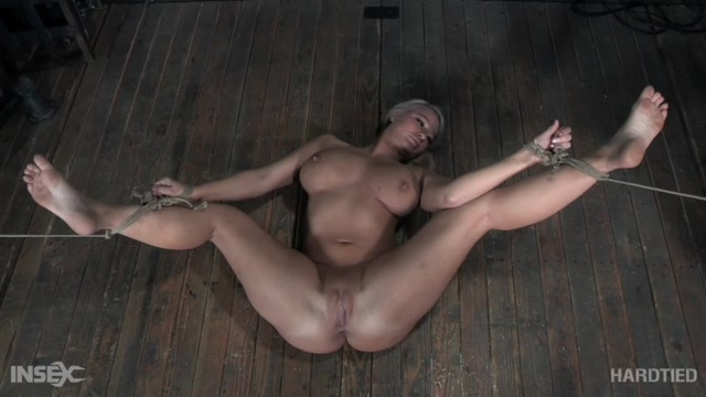 Watch Online Porn – HardTied presents London River – Serious Business (MP4, SD, 850×478)