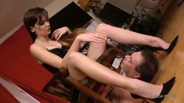 Lady_Sofia_-_Humiliation_and_Torture_-_Femdom.mp4.00014.jpg