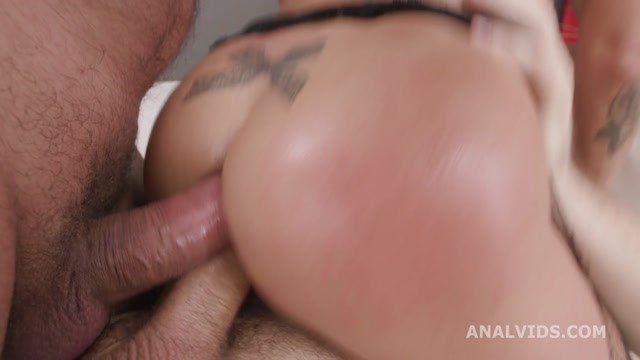 Watch Online Porn – LegalPorno presents Fist and Squirt, Silvia Dellai (Mary Jane, Giada Sgh) 4on1 Balls Deep Anal, Squirt Drink, Anal Fisting and Swallow GIO1729 – 04.02.2021 (MP4, HD, 1280×720)