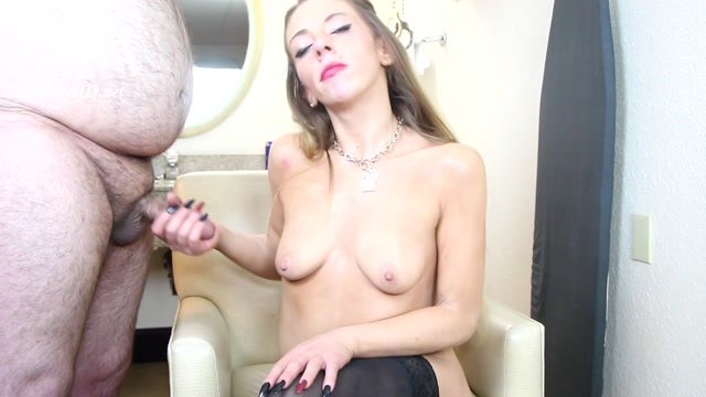 MILF_Dee_Can_t_Stop_Coughing_While_She_Gives_A_Handjob_-_Soft_Fetish_Hard_Sex.mp4.00013.jpg