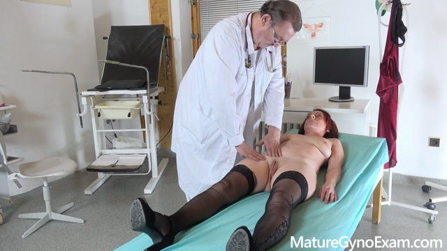 MatureGynoExam_presents_Old_pussy_exam_of_sexy_mature_woman_by_freaky_doctor___11.02.2021.mp4.00003.jpg