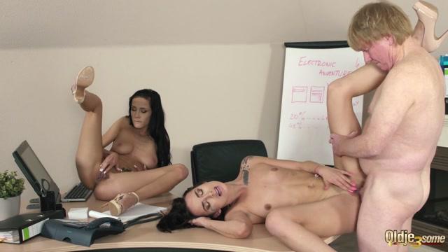 Watch Online Porn – Oldje-3some presents Nicole Love, Freya Dee – Double affair (MP4, FullHD, 1920×1080)