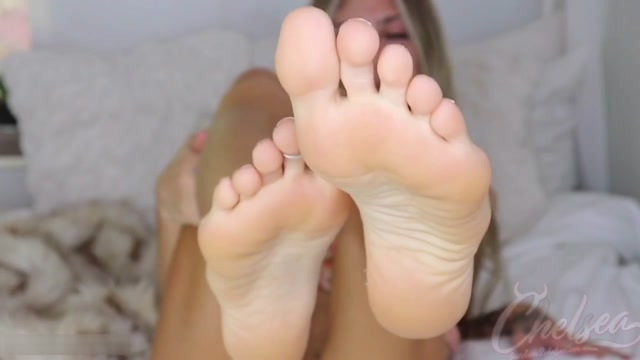 Princess_Chelsea_-_Giving_you_a_new_addiction__foot_porn.mp4.00008.jpg